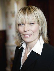Nina Jansdotter är beteendebetare och karriärcoach. Hon är författare till ett flertal böcker inom personligutveckling och karriärplanering.