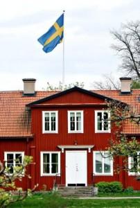 Trivelige trehus, og en gammel domkirke. Strängnäs har mye å by på når varmen og turistene kommer til sommeren. Historien har også lagt igjen noen kapitler. Det var i denne byen Gustav Vasa ble kronet til Sveriges konge. Det skjedde 6. juni i 1523.